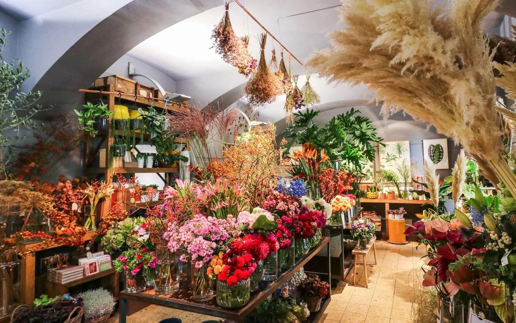 Dolls Blumen Geschäftslokal